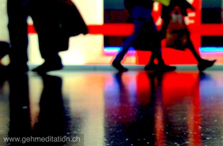 Ist achtsames Gehen immer und überall möglich undhilfreich?